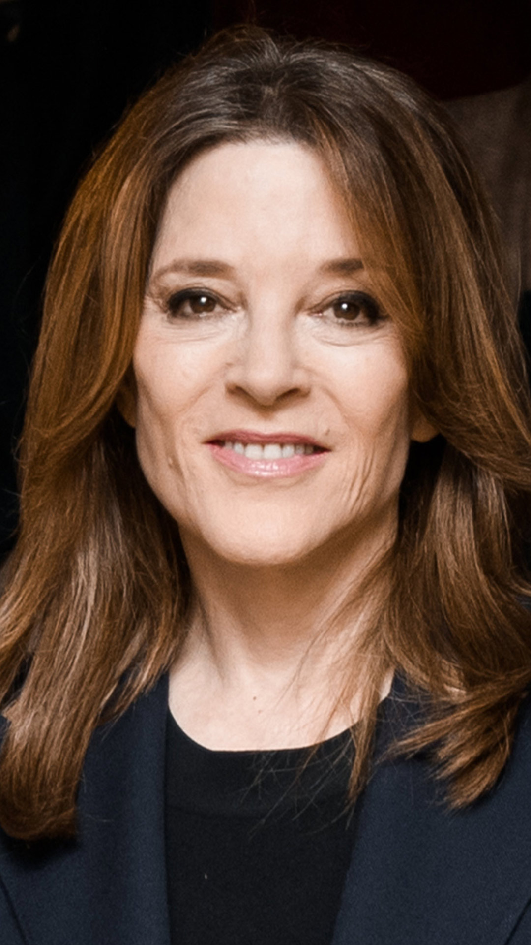 marianne-williamson-1