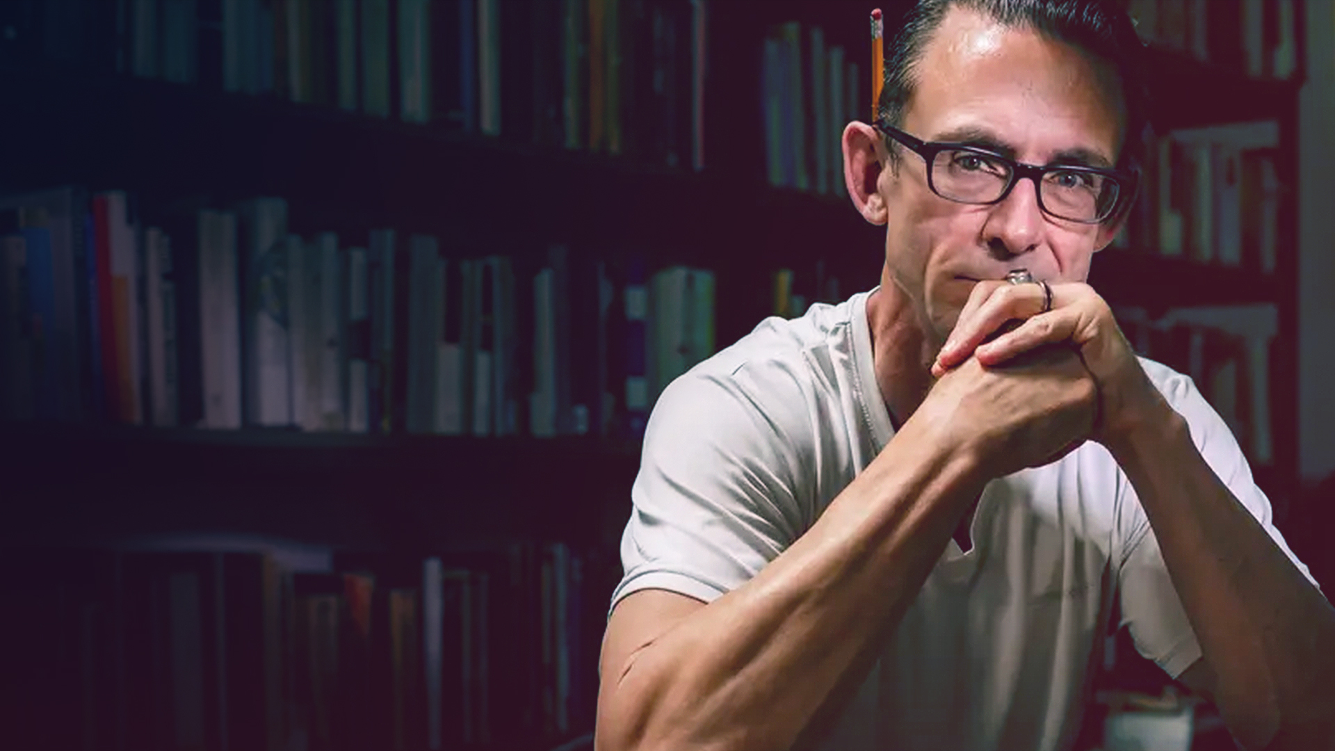 Chuck Palahniuk - How the Cult Author of Fight Club Made Nihilism Fun Again